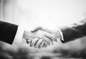 handshake when you hire movers Sunny Isles Beach