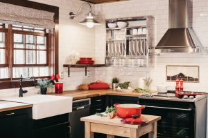 Fort Lauderdale house feel like home- a cozy kitchen
