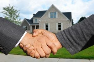 Hire a good real estate agent before listing your Miami home