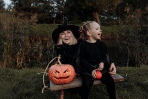 Mother-daughter-halloween