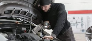 Prepare your car for transport with final inspection.
