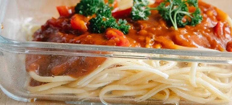 spaghetti in a plate