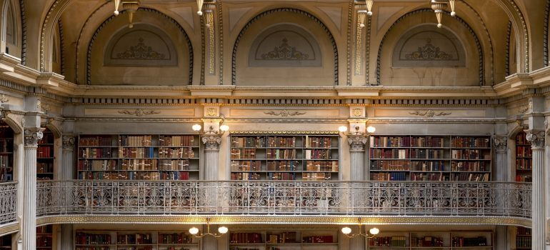 Large library in Baltimore