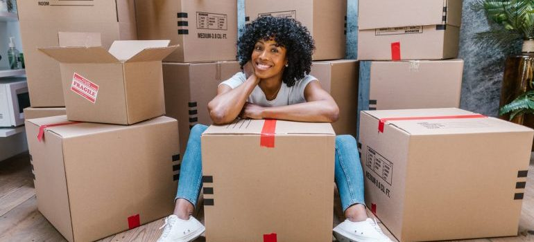 woman that hired fine art movers