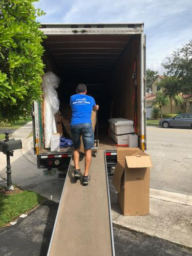 Leave loading of the moving truck to our residential Miami movers.