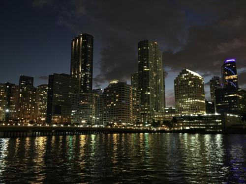 Enjoy your night out in Miami knowing that our movers are handling your relocation.